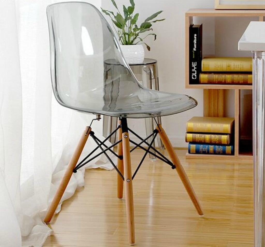 Прозрачная мебель в интерьере: фотообзор