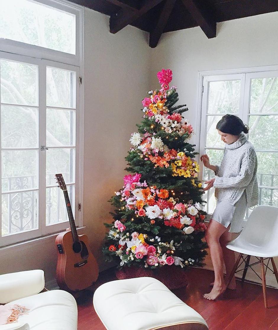 Елочка-красавица или как украсить дом к Новому году: фото-идеи для праздника