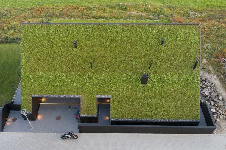 Эко-дизайн и хай-тек: дом два в одном построили в Кракове