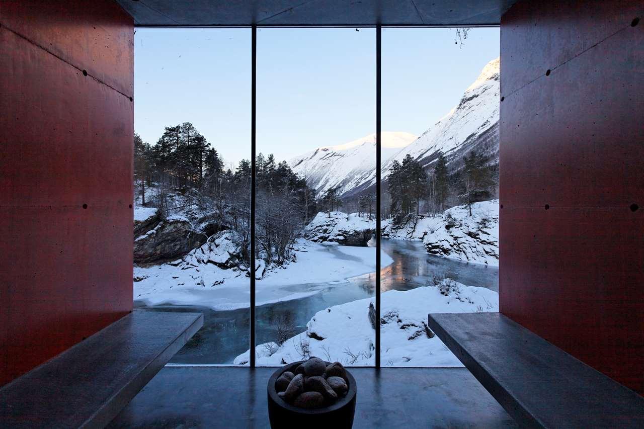 Ex Machina: Фотообзор фантастического дома
