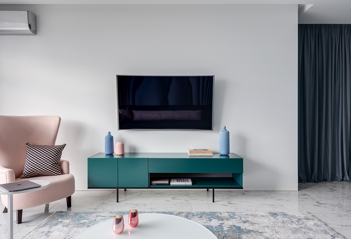 Синий и розовый декор с красными акцентами: Фотообзор смелых интерьеров