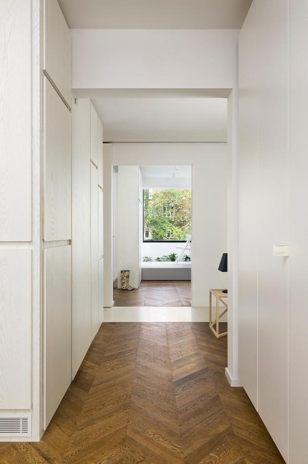 Яркий дом с большим количеством места для хранения: Фотообзор