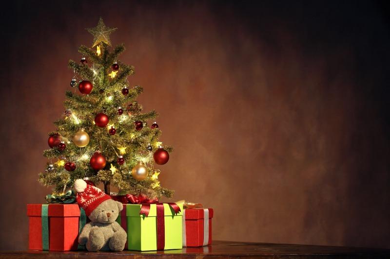 Необычные новогодние украшения из обычных вещей – удиви родных и гостей