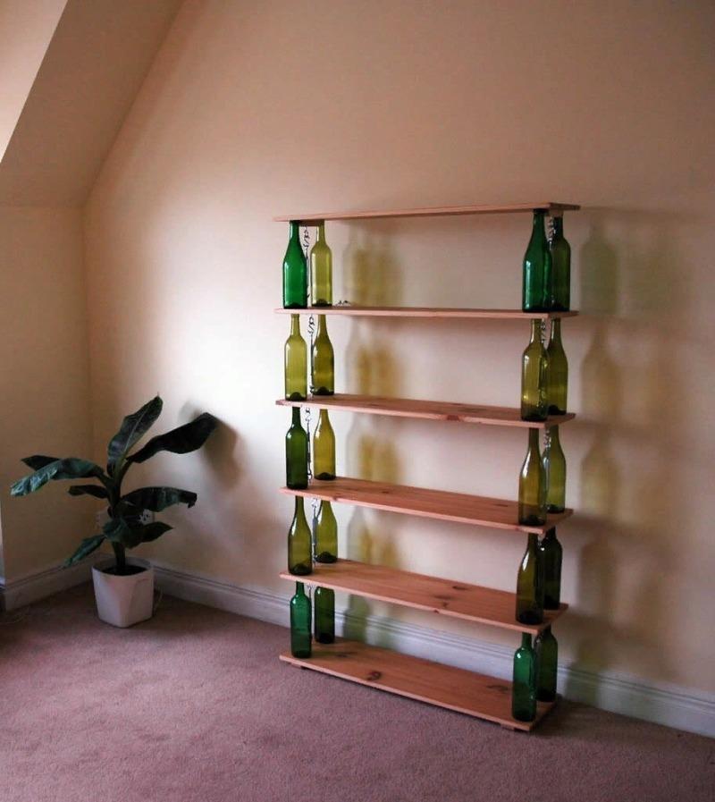 12 лайфхаков, как практично использовать пустые стеклянные бутылки после праздников